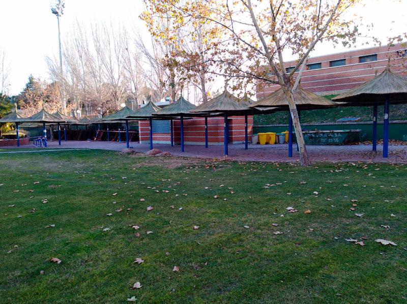 Rehabilitación de Sombrillas en Polideportivo de Madrid